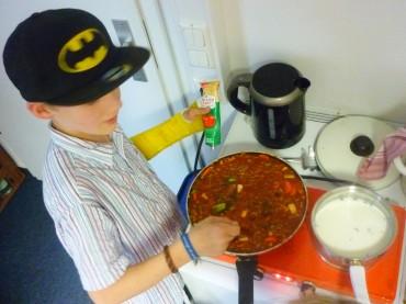 Johann kocht für alle Spaghetti Bolognese