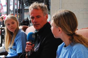 """Die Big Bang Reporter haben natürlich auch selber Interviews geführt - hier mit Wouter van Looy, dem Erfinder der Big Bang Festivals im """"Foyergespräch"""""""
